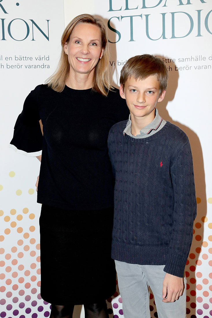 Helena Saxon med sin son
